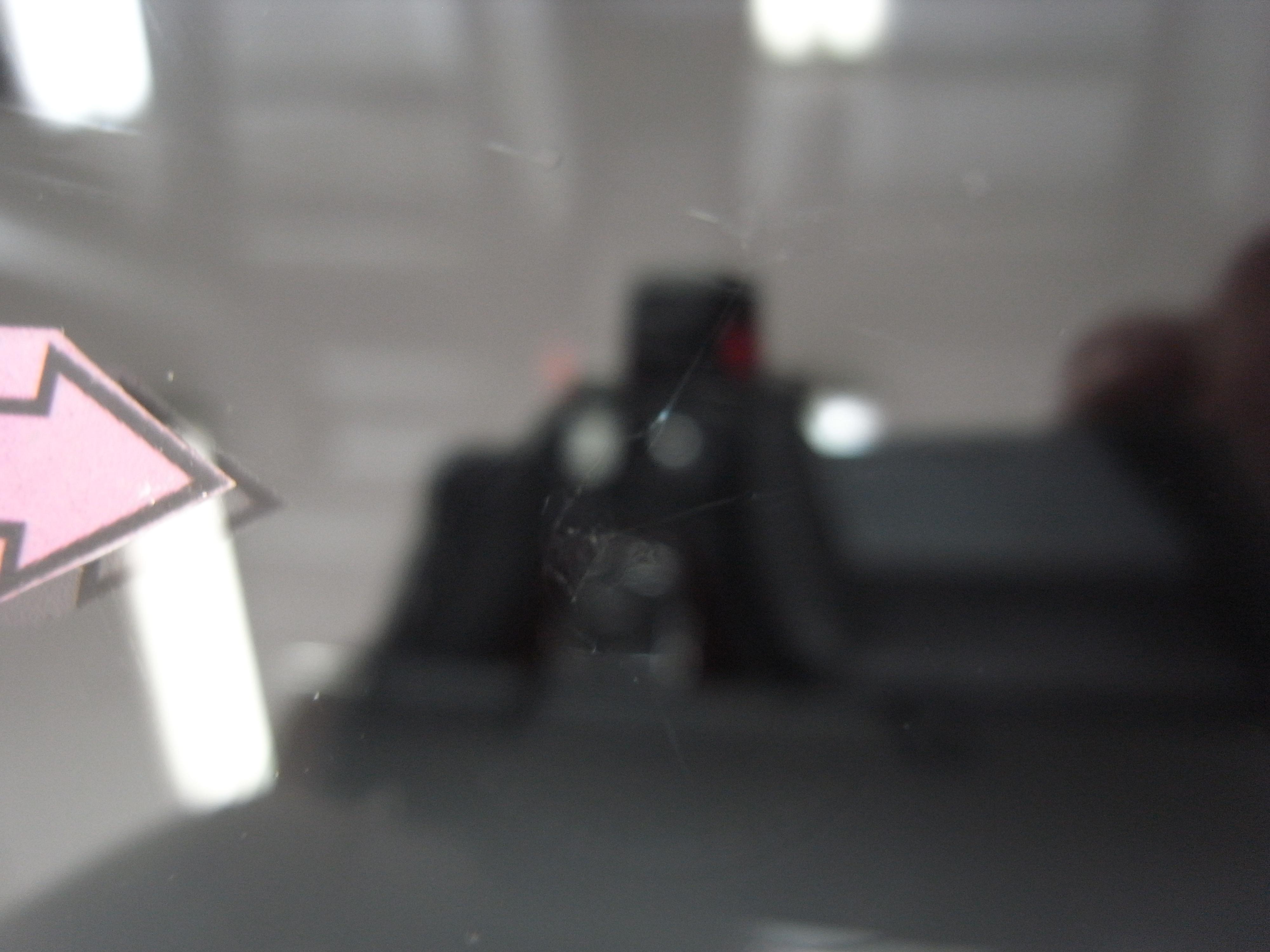 アウディA4 フロントガラスリペア
