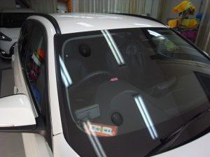 BMW320i ウインドリペア