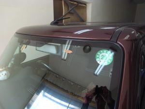 スズキアルトラパン フロントガラス修理