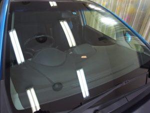 ホンダフィット フロントガラス修理