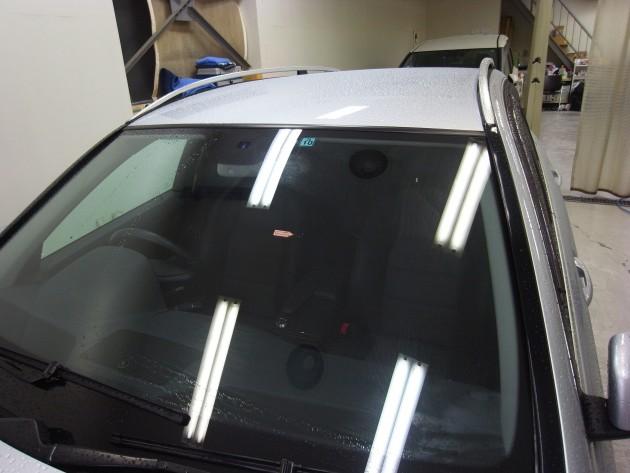メルセデスベンツC200 フロントガラス修理