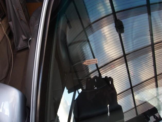 ポルシェ993 フロントガラス修理