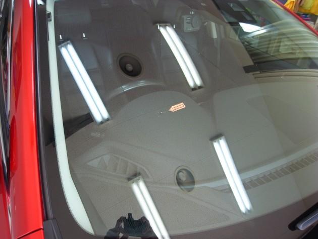 マツダアテンザ フロントガラス修理