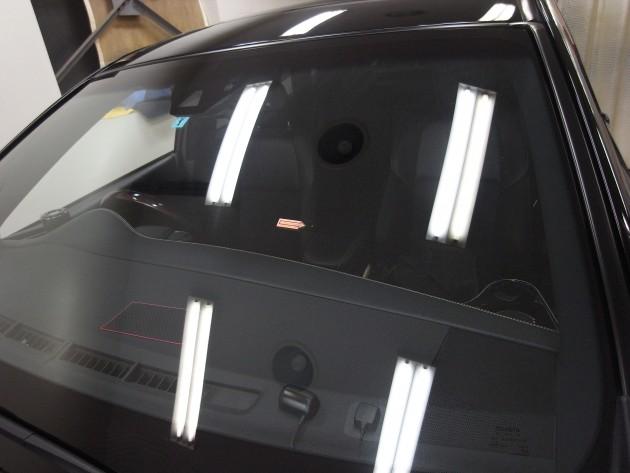 トヨタハリアー フロントガラス修理