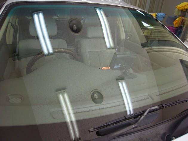 スバルレガシィワゴン フロントガラス修理