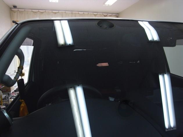 トヨタハイエース フロントガラスリペア