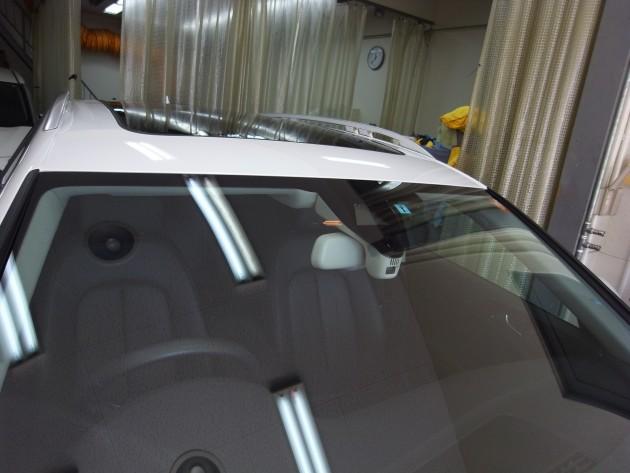 アウディA6クワトロオールロード フロントガラス修理