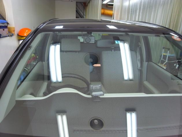トヨタパッソ フロントガラス修理