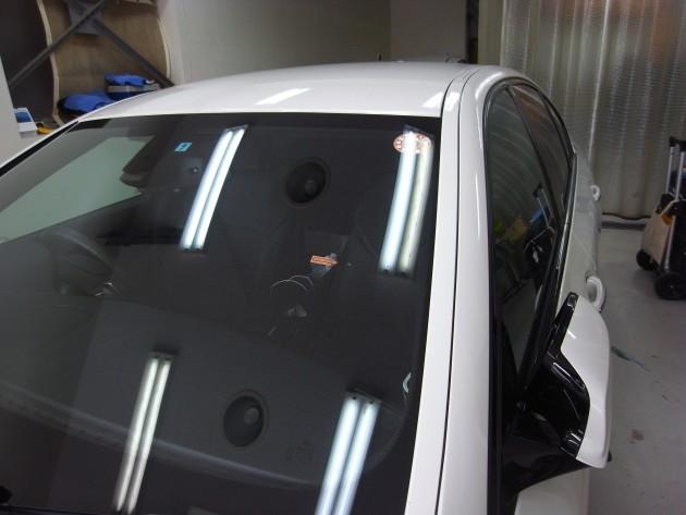 BMW523d フロントガラス飛び石修理