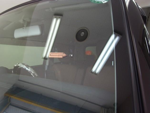 自働車 ウインドリペア