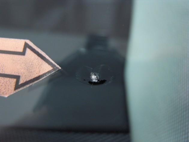 メルセデス フロントガラス修理