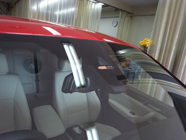 BMW フロントガラス補修
