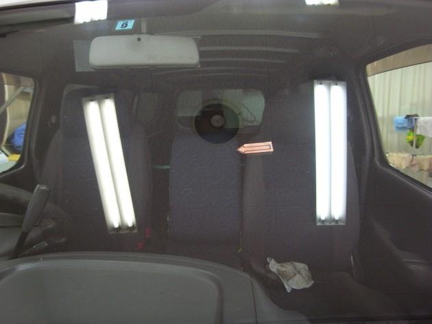 車 フロントガラス補修