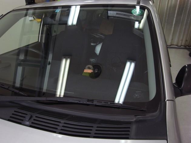 車 ウインドリペア