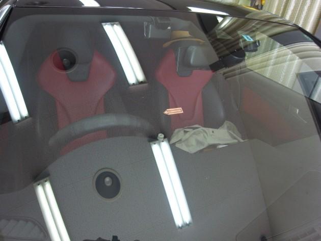 フロントガラス傷 補修