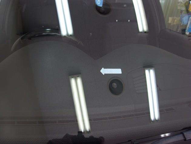 車 フロントガラス傷 補修