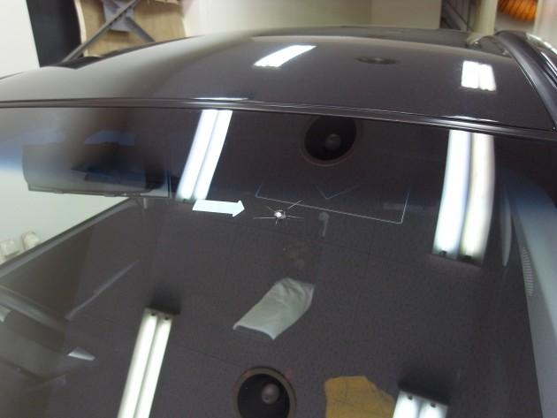 車 ガラス傷 修理