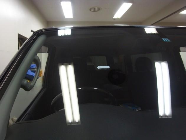 車 フロントガラス 補修