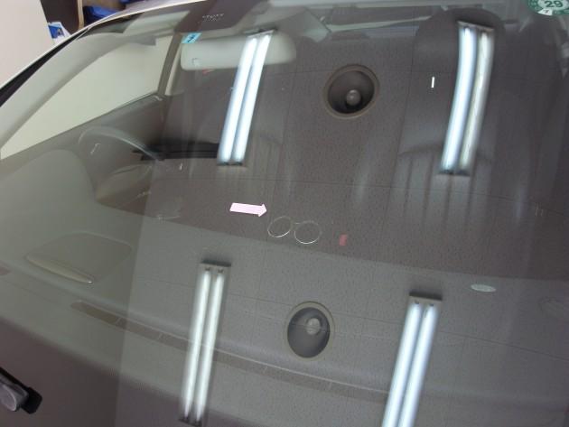 車 ガラス ヒビ 修理