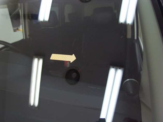 自動車ガラス リペア