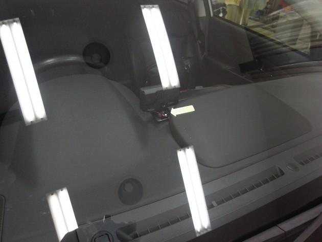 車 ガラスリペア
