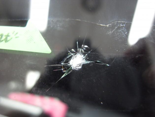 フロントガラス 修理